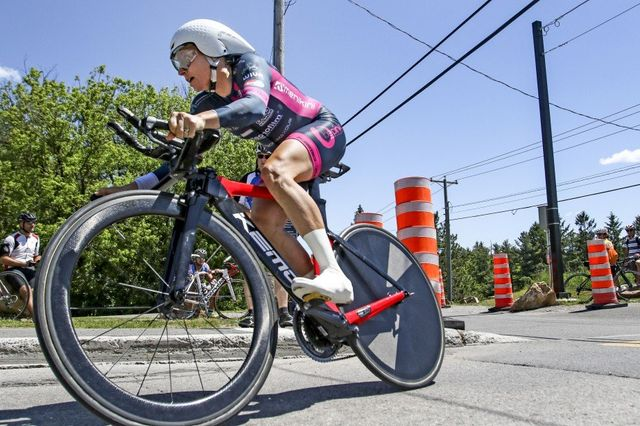 Pro cyclist and coach Amber Neben wins Chrono Gatineau