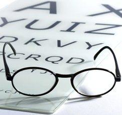 esami della vista, occhiali, alfabeto