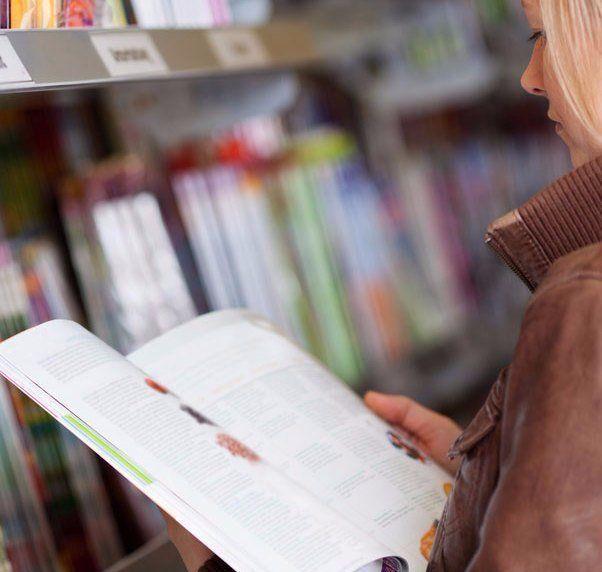 Lady browsing magazines