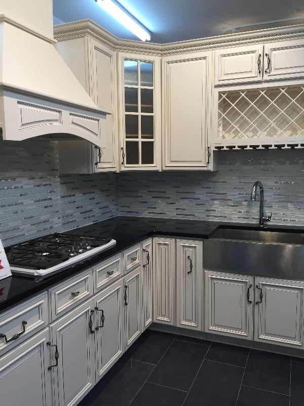 Kitchen Cabinets East Islip, NY