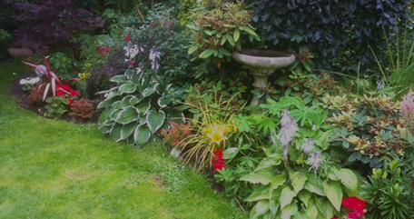 pretty border with stone planter