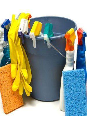 strumenti per la pulizia della casa
