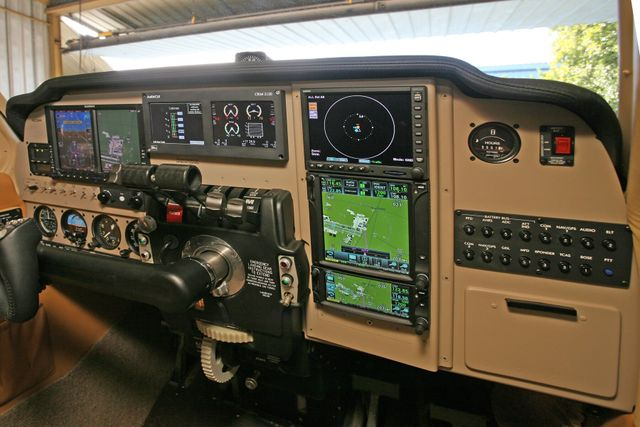Avionics Panels Installation Shops – Envision Avionics Panels