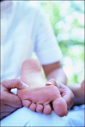 Chiropodist - Stourbridge - Care 4 Feet - Footcare