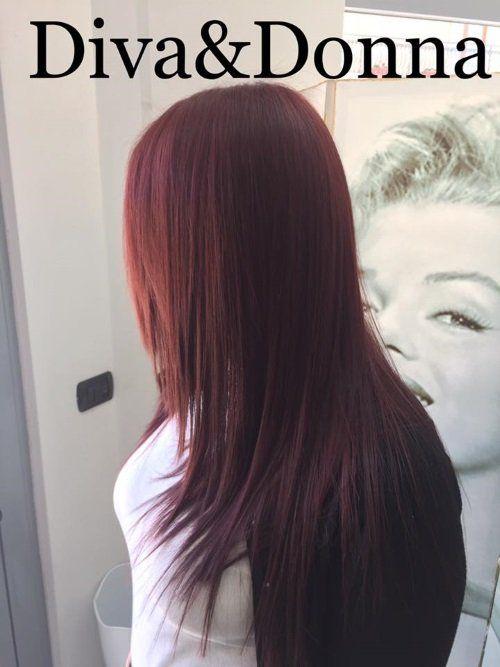 Lungo capelli rosso
