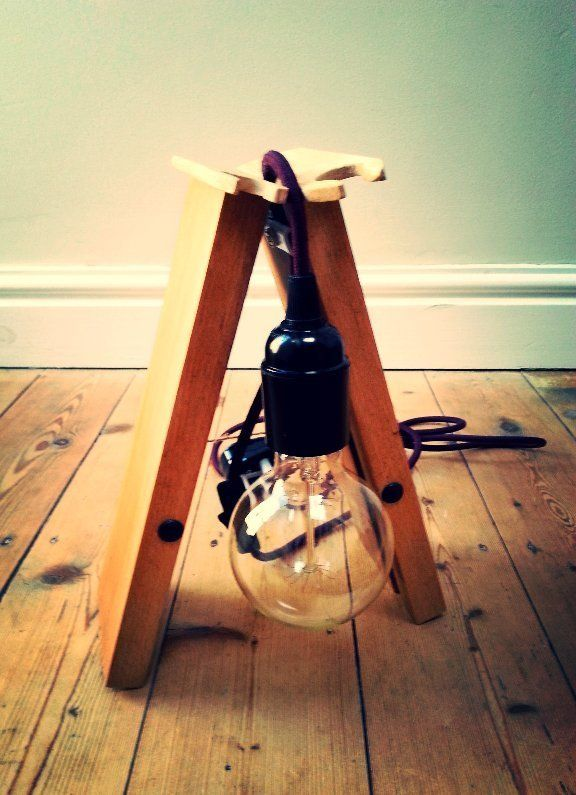 upcycled lamp, vintage bulb, vintage lamp cable, flex, reclaimed wood lamp, bakelite bulb holder