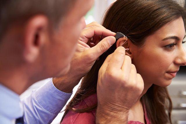 Protesi uditiva