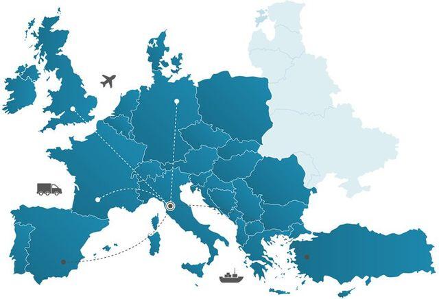 mappa dell'Europa con tratte per le spedizioni in evidenza