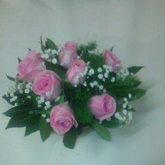 Composizione con rose rosa