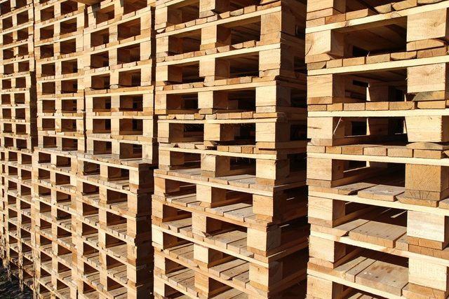Pallet suppliers in east anglia by eastway pallets ltd - Trouver des palettes en bois gratuites ...
