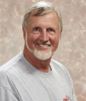 TERRY HINSHAW, serving customers since 1970
