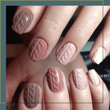 Unghie curate da un esperto nail artist