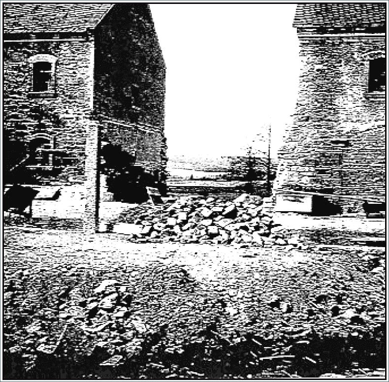 Abb. 7 Mittelansicht der Scheune nach der erfolgten Herstellung des Grenzabstandes © Sammlung Bayerlein