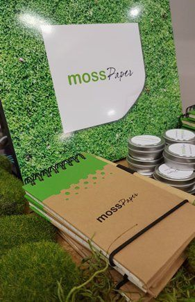 Mosspaper gives small businesses the freedom to create, track and manage important documents anywhere.