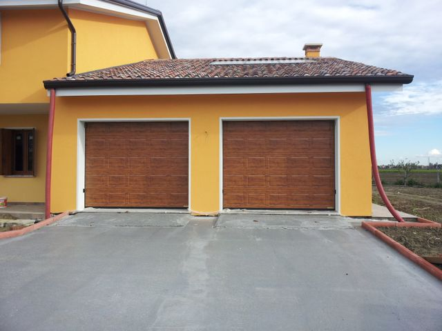 porte da garage rosse