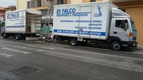 Camion della ditta Difalco Giovanni Trasporti E Traslochi a Ragusa
