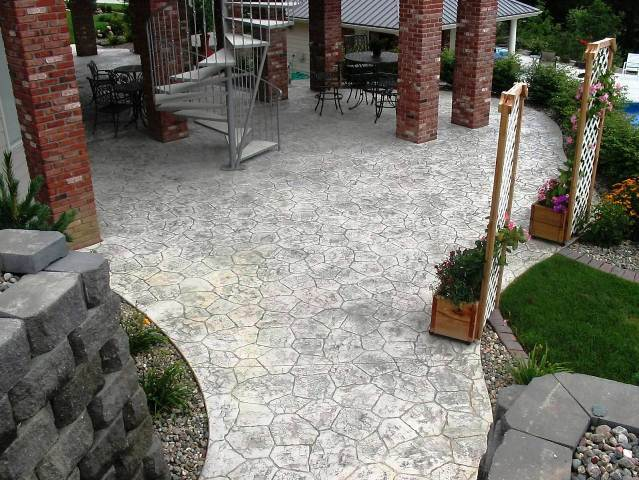 Decorative concrete laid by specialists in Lincoln, NE