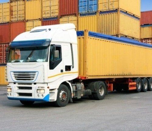 Camion di trasporto di contenitori
