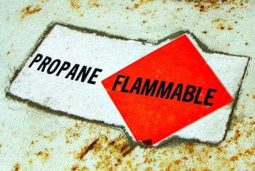 Flammable Propane sticker on propane gas tank