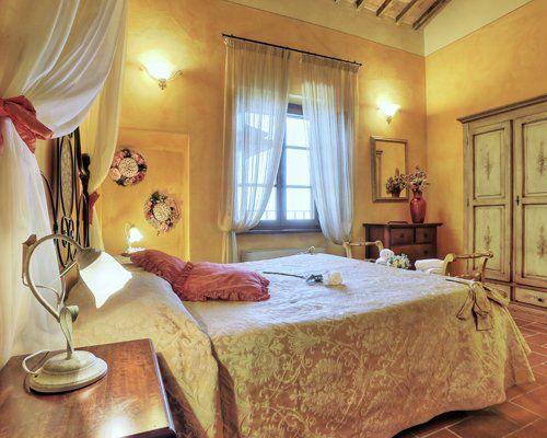 Le camere matrimoniali a Colle Di Val D'Elsa (SI)