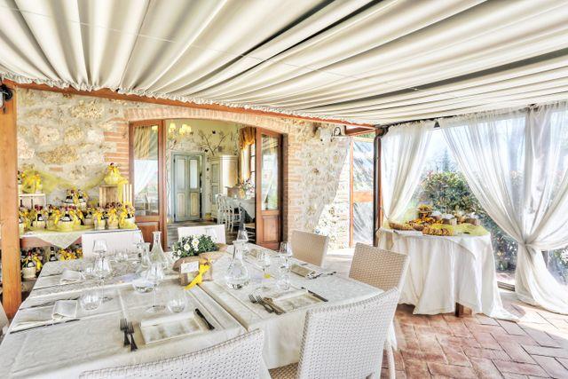 Il nostro ristorante e le romantiche suite a Colle di Val D'Elsa, SI