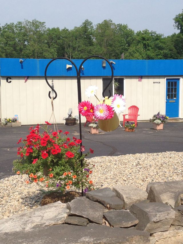 Monthly and long term rates & Shed Or Us   Storage   Norwich CT