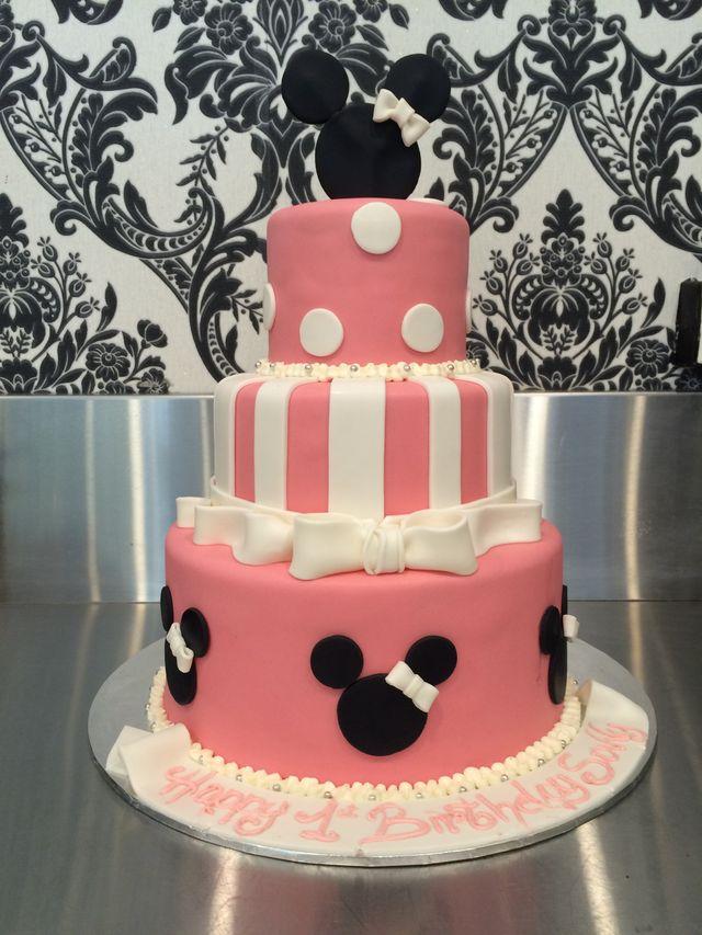 custom Minnie Mouse birthday cake
