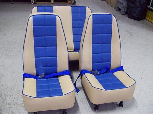 sedili fatti in fabbrica
