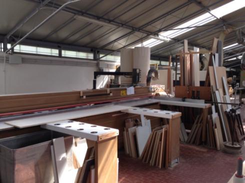 lavorazione di lastri in legno