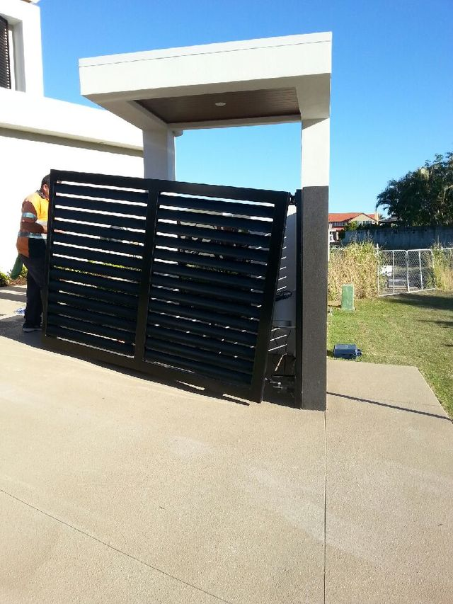 Raby Bay collection s gates installed by experts