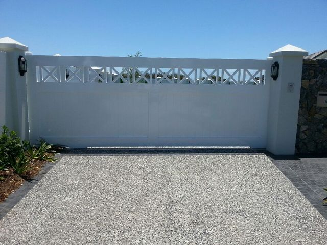 Flat top gate