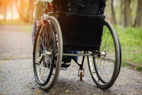 Sedie A Rotelle Torino : Manutenzione carrozzine torino ortopedia nuova battistoni
