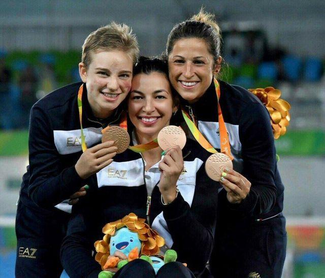 Mogos Ionela Andreea con le altre 2 atlete premiate a Rio