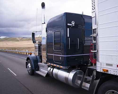 camion traslochi per aziende