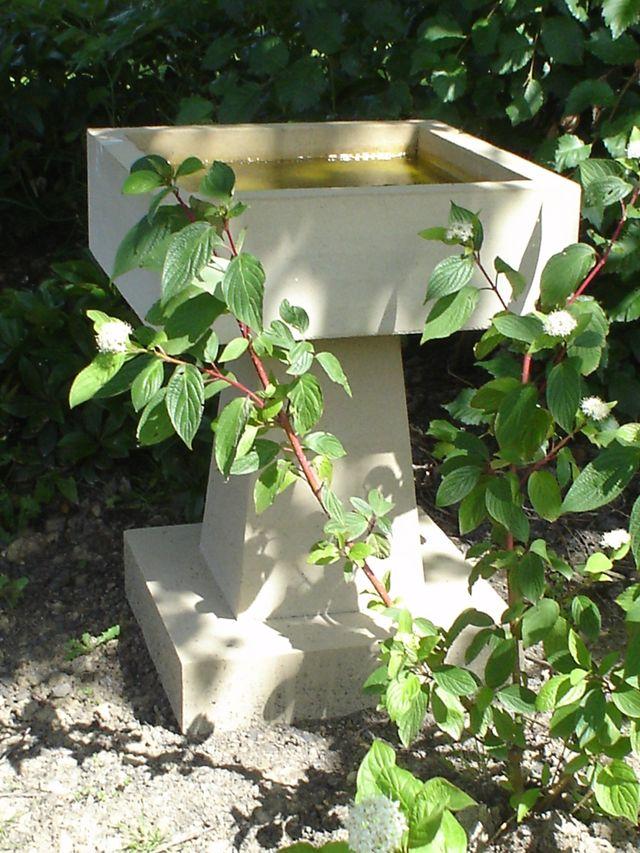 Box Birdbath