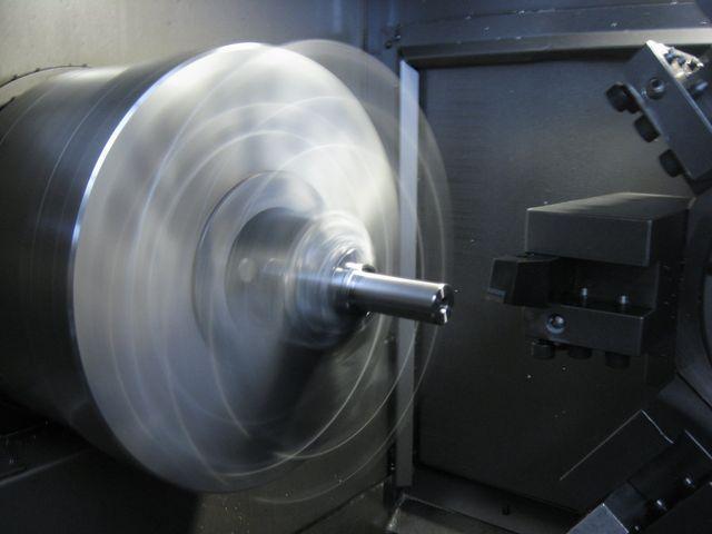 realizzazione parti metalliche per industria