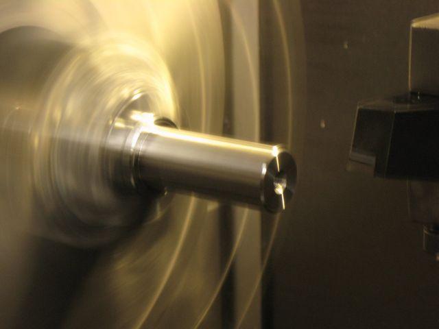 macchinario per tornitura meccanica