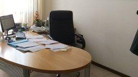 scrivania dello studio di commercialisti