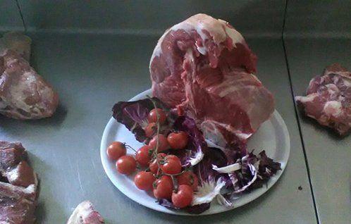 Carne a KM zero, presso Azienda Agricola di Spallacci Marco a Castelleone Di Suasa