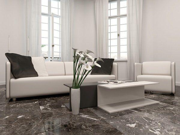 Pavimentazione in marmo di un salotto dopo la riparazione
