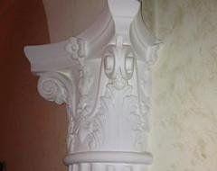 decorazione su colonna
