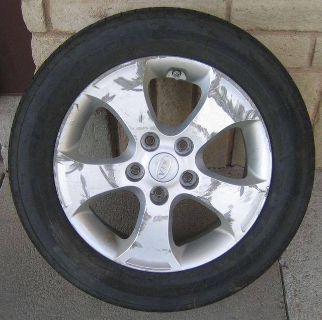 Speak to the alloy wheel repair specialists in Lincoln, NE
