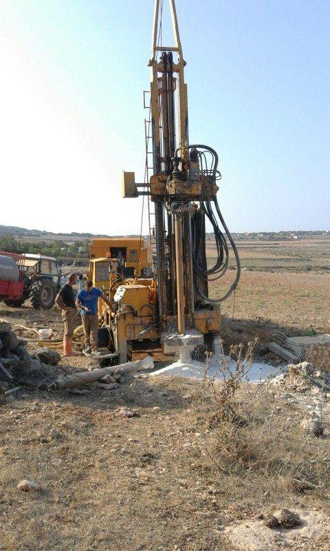 trivellazione idrica per pozzo