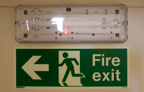 Emergency lighting installations