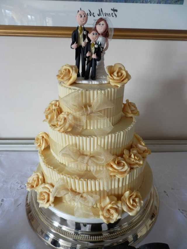 wedding cakes horsham celebrate your big day with special wedding cakes in horsham 24506