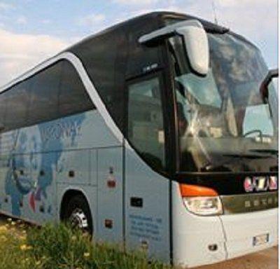 autobus-vista angolare