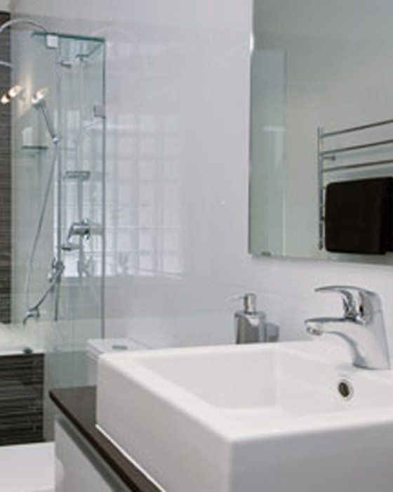 Sleek style bathroom