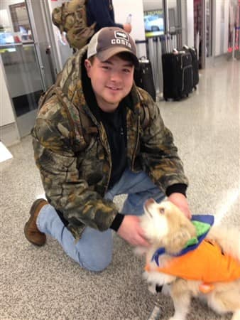 airport-therapy-dog