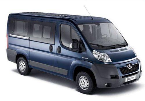 un van blu della peugeot