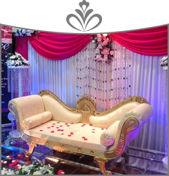 a seating area for the wedding couple